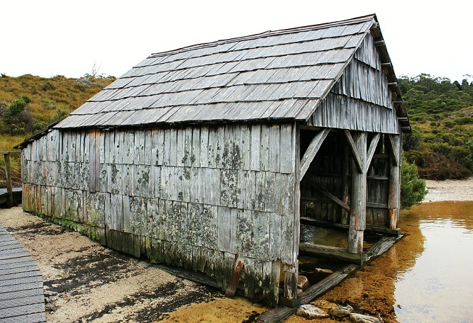 boat-shed-433345_960_720