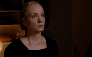 Downton-Abbey-Anna-is-arrested