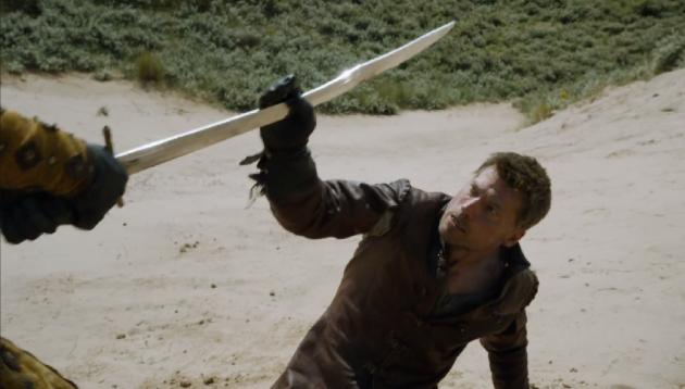 Jaime-catches-sword-630x358